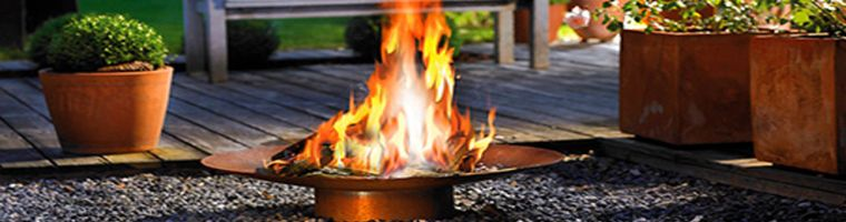 Outdoor Fireplaces Header